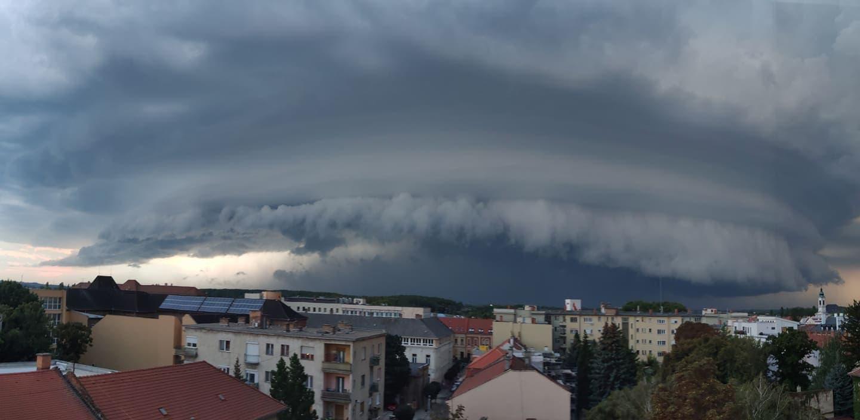 Károkozó szupercella Győrnél! 1