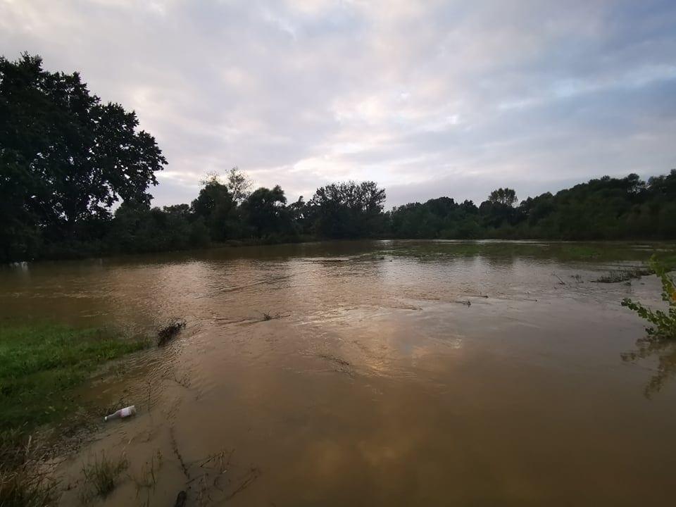 Továbbra is harmadfokú árvízvédelmi készültség a Sajón, és a Hernádon! - Videóval! 10