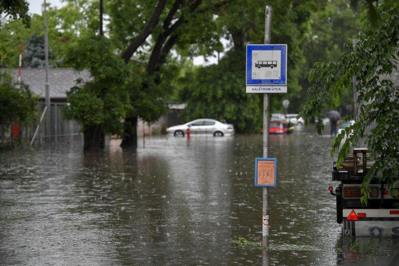 Heves zivatarrendszer a Balatonon: özönvíz, szélvihar! 1