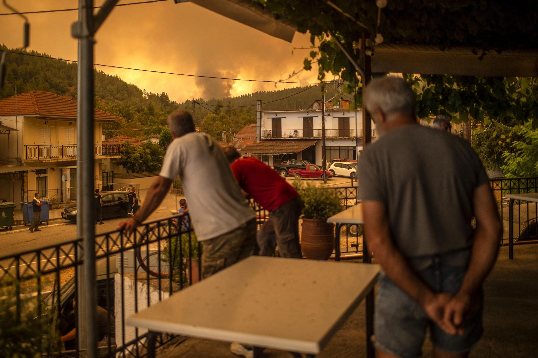 """Görögország: """"Élve fogunk elégni""""! Apokaliptikus állapotok, forróság! 2"""