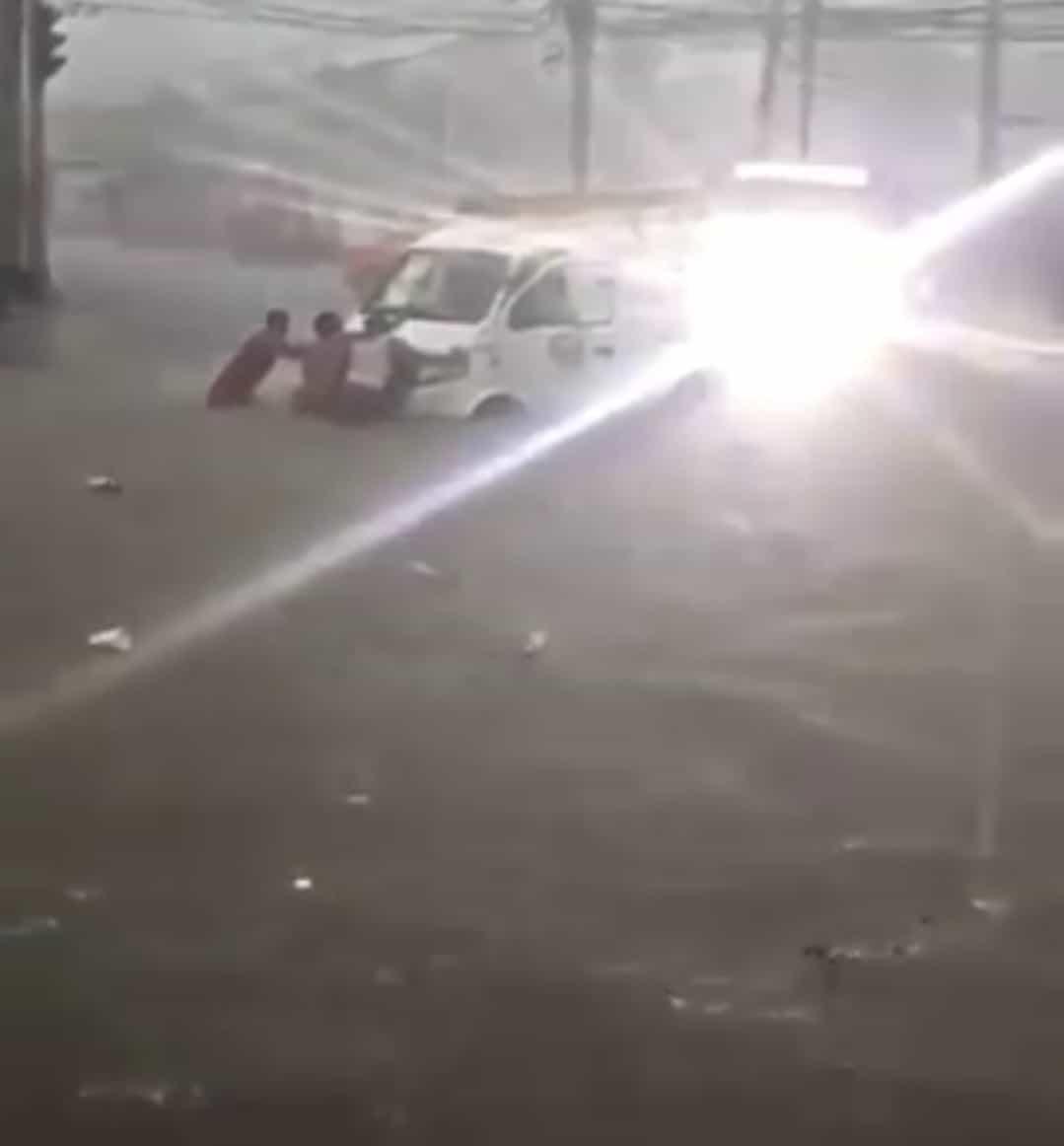Árvizeket okoz a Dorian hurrikán!(videók) 2