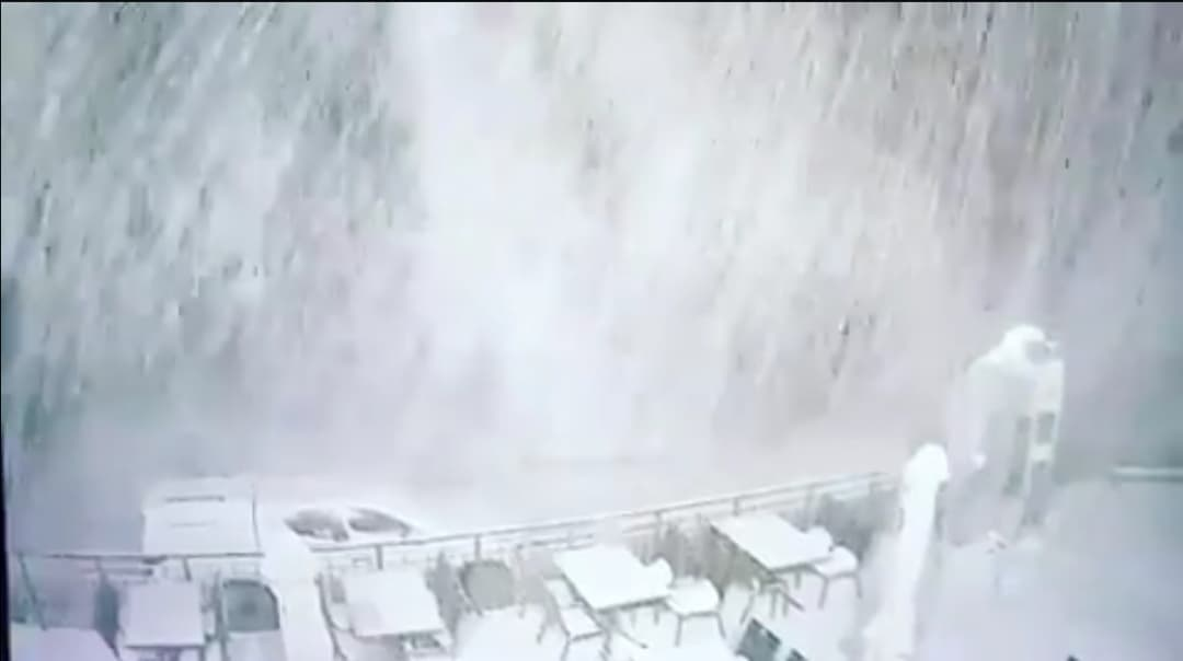 Sűrű havazás Oroszországból! (videó)