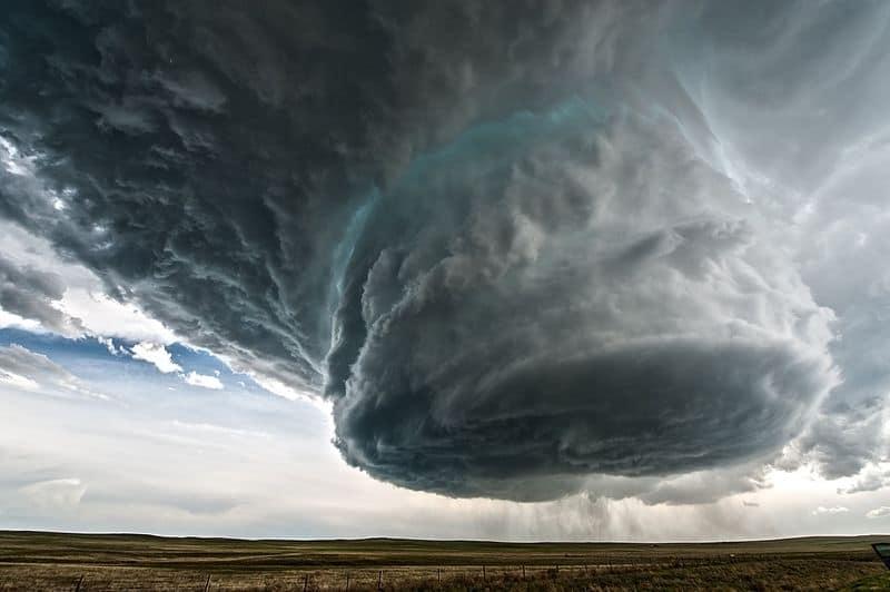 Meteorológiai ismertető a szupercellákról, zivatarokról, zivatarrendszerekről 1