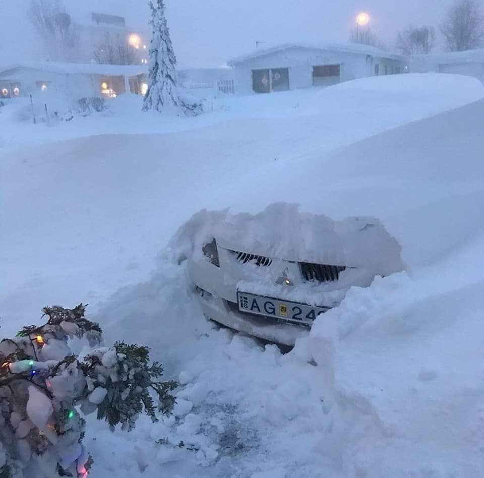 Hatalmas hó zúdult le Izlandra! (Képek) 2