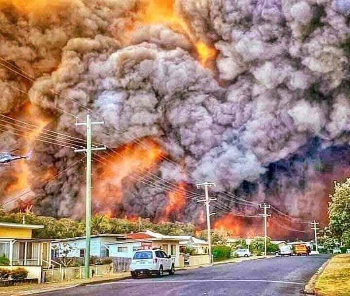Forróság és erdőtüzek pusztítanak Ausztráliában!(képek+videó)