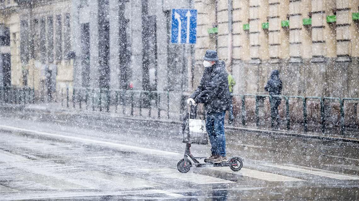Északnyugat felől havazás, havas eső érkezik! 10