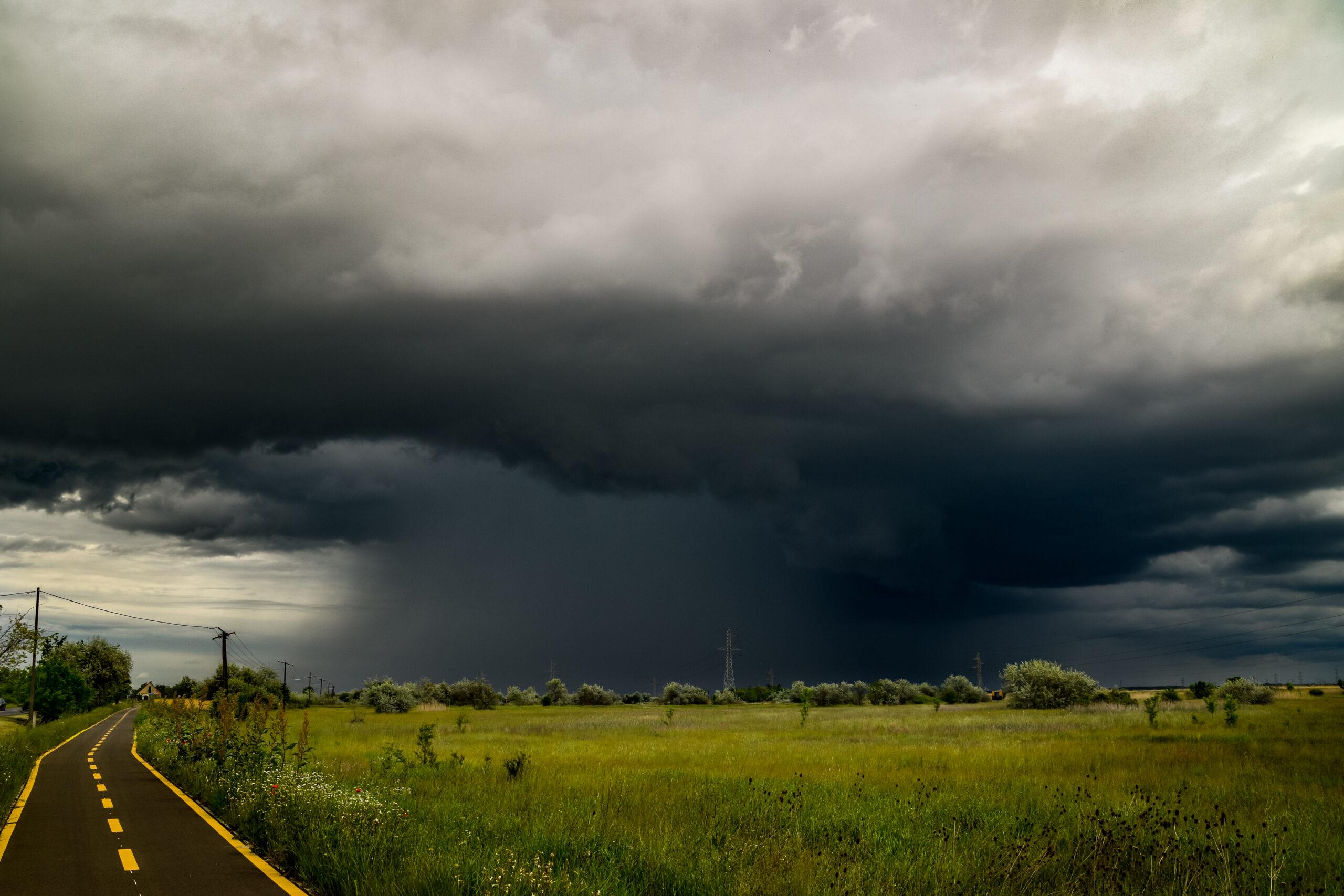 Holnap este érkezik a lehűlés: viharok kísérik! 1