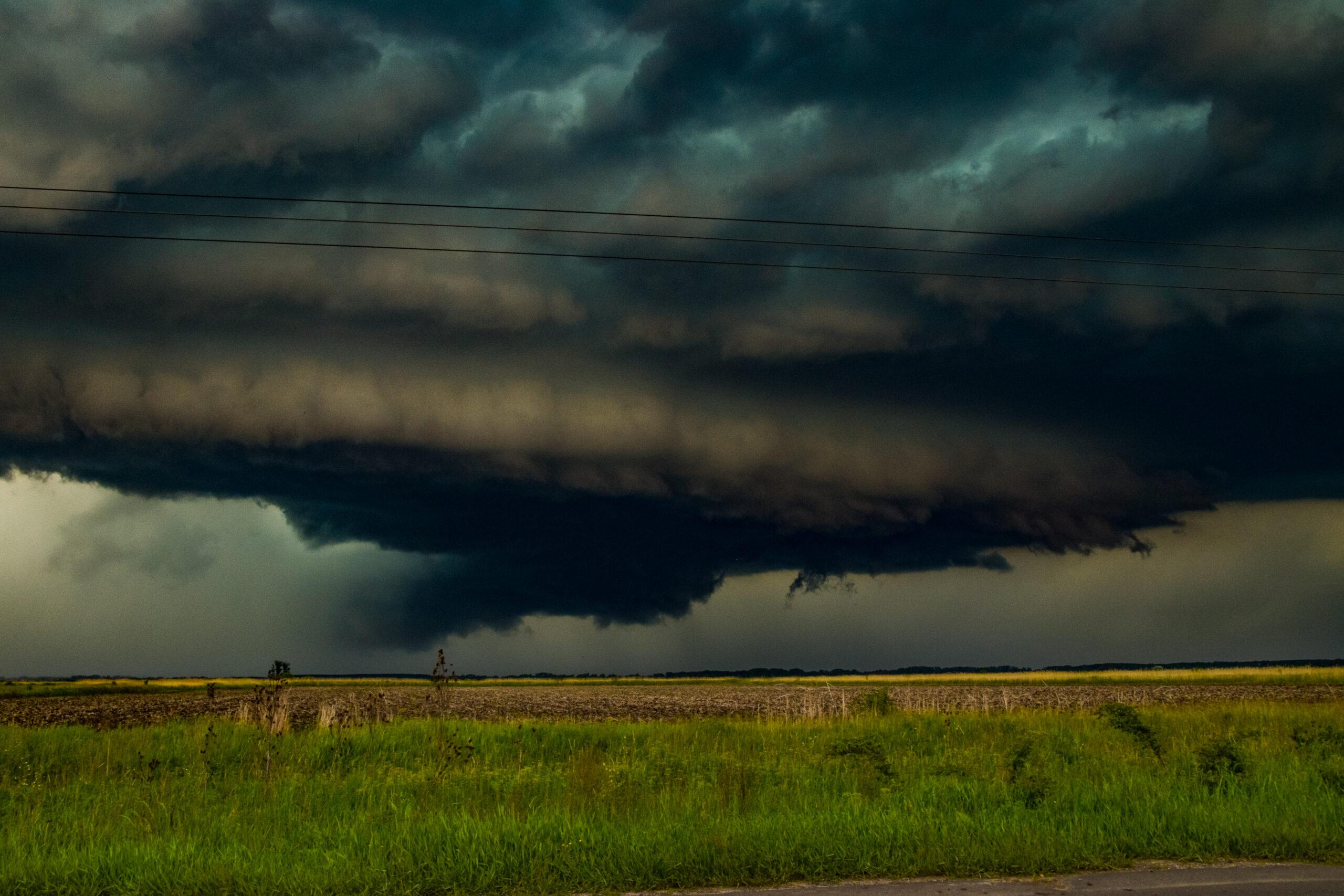 Zivatarok, viharos szél, jégeső, felhőszakadás holnap! 4