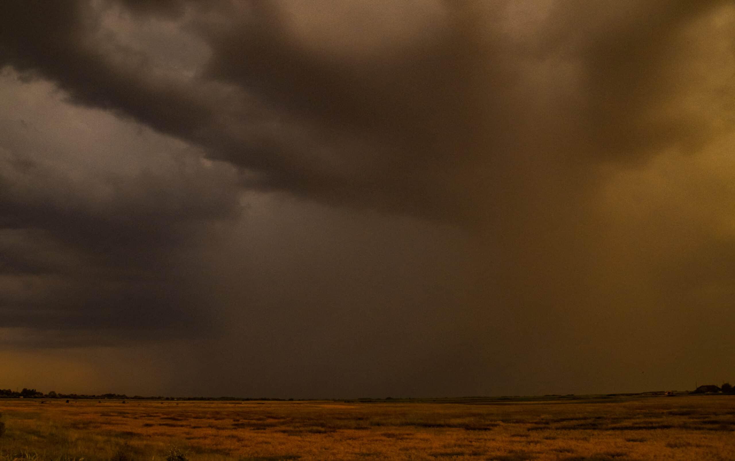 Következő órák: zivatarok, jégeső, felhőszakadás érkezhet! 7