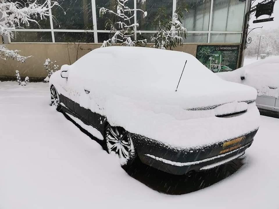 Tőlünk keletre zajlik az élet, javában havazik! 1