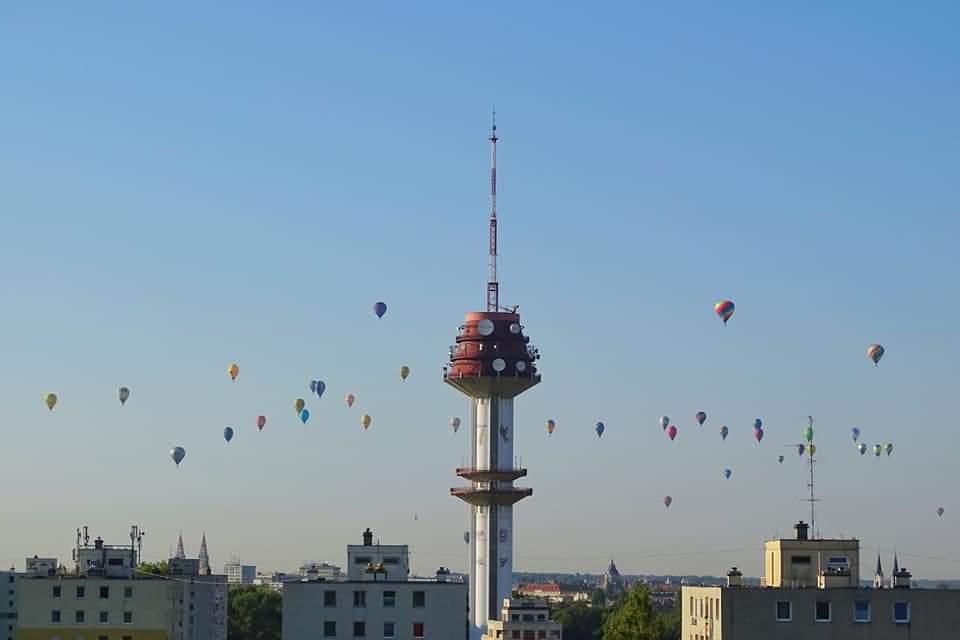 Hőlégballonok lepték el az eget Szegeden 2