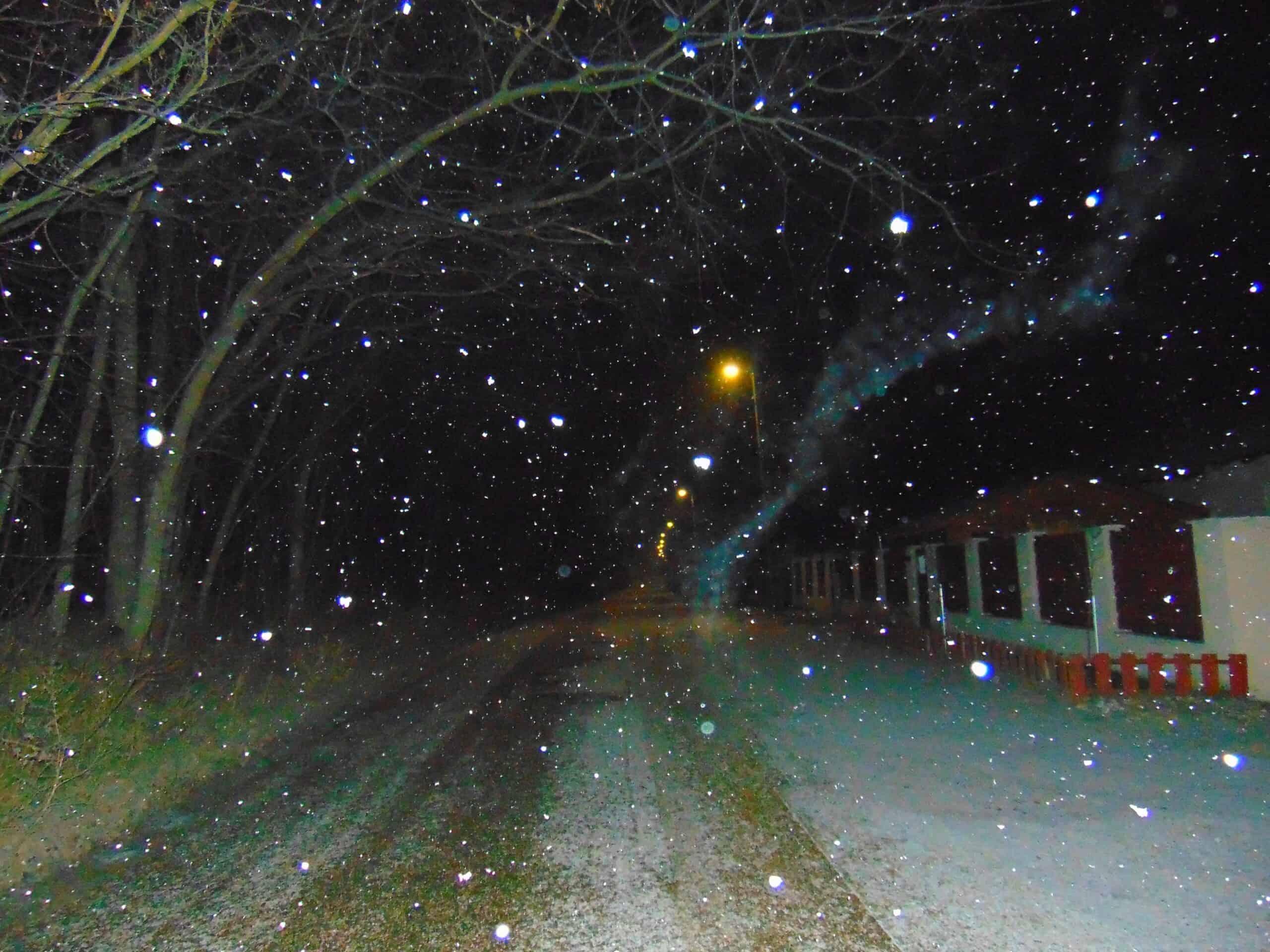 Nyugaton többfelé havazik, hamarosan a főváros következik! 1
