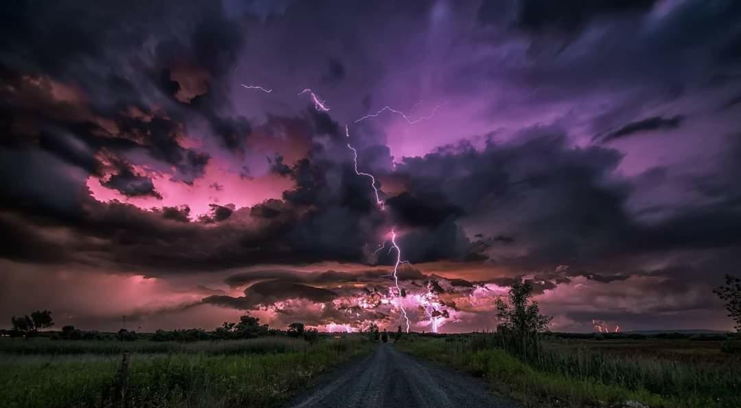 Figyelmeztető előrejelzés: heves viharok, felhőszakadás, nagy jég, szél! 2
