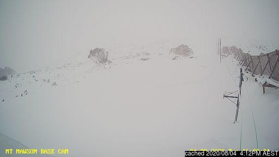 Erős havazás van az Olasz Alpokban
