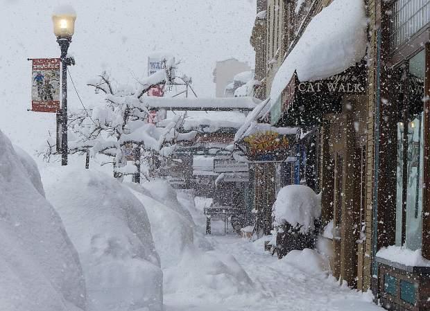 Több méter hó hullhat az Alpokban hétvégéig! 5