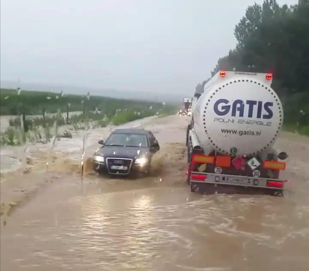 Komoly problémát okoz a rengeteg eső, több délnyugati járás került víz alá! 1