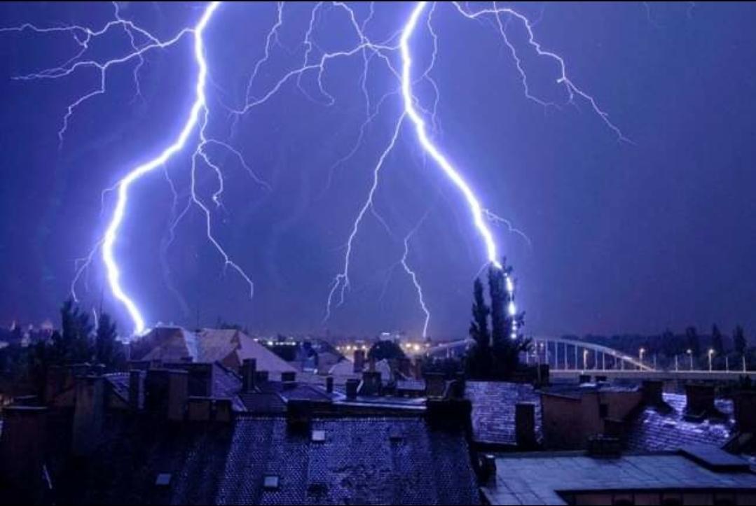 Piros riasztás is lehet a károkozó viharok miatt! 1
