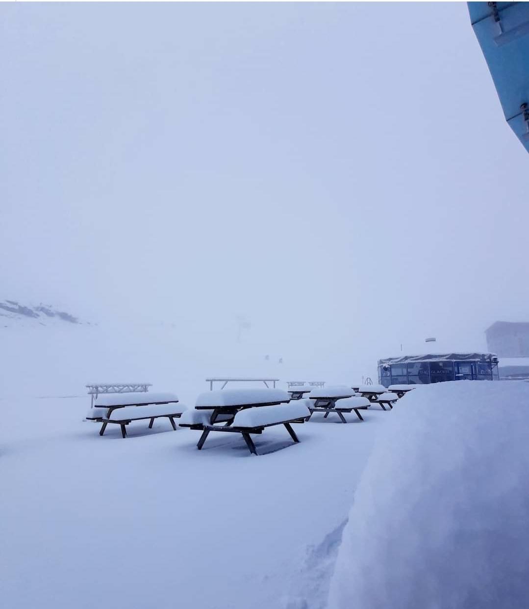 Szomszédjainknál 25-50cm hó esett!(képek) 2