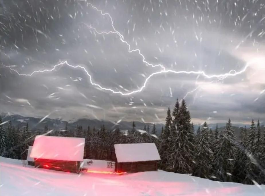 Zivatarok és havazás, havas eső is van az országban! 5