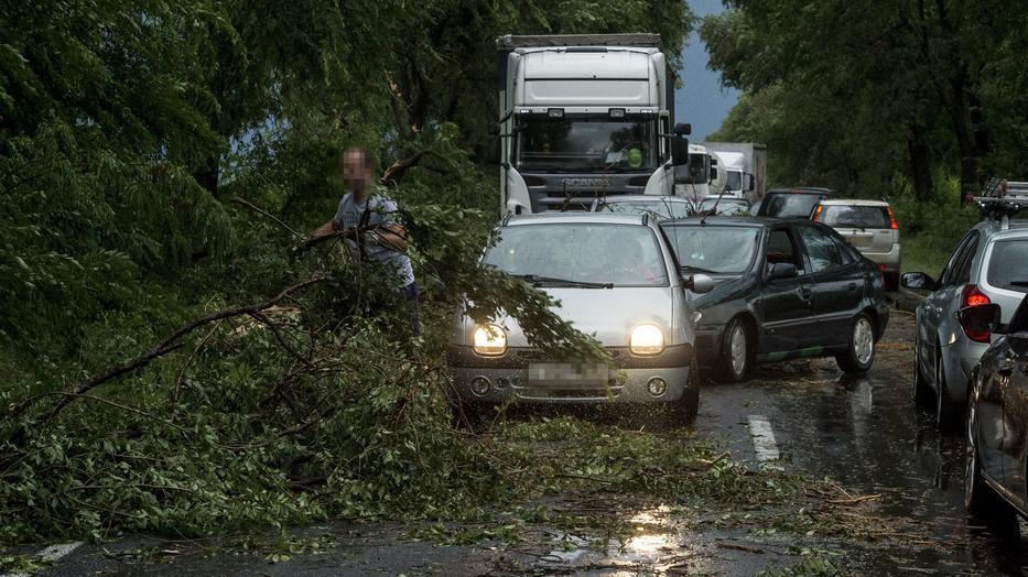 Lecsaptak a viharok északkeletre! Özönvíz pusztított Tokajban! 2