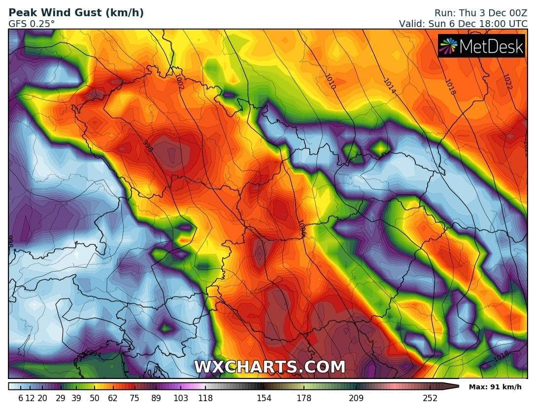Viharos szél hozza a meleget