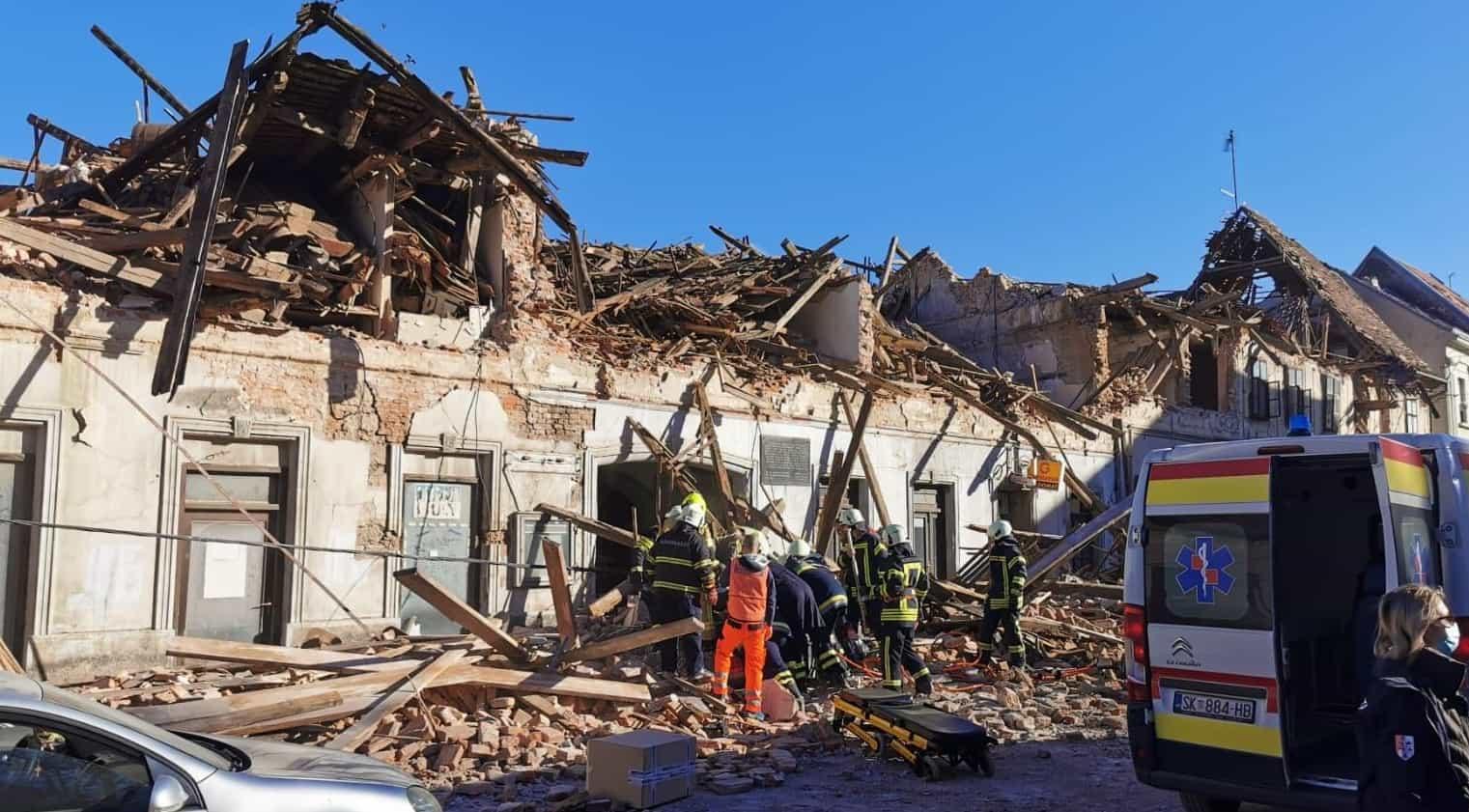 Hatalmas károk keletkeztek a földrengésektől Horvátországban, az emberek a szabad ég alatt töltik az éjszakát! 7