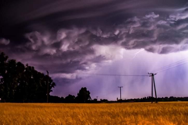 Zivatarok keleten: felhőszakadás, jégeső! 1