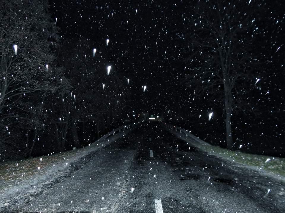 Egyre többfelé havazik, következő órákban néhol akár 5-10cm hó eshet! 2