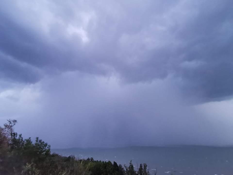 Heves zivatarrendszer a Balatonon: özönvíz, szélvihar! 2