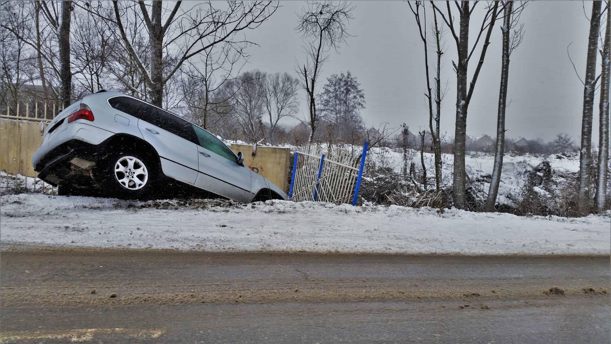 Kidőlt fák, balesetek, havazás, itt a front! 5